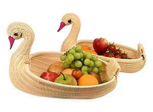 Muzilan Swan shaped fruit basket
